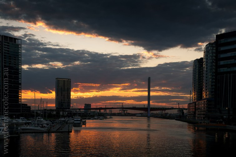 melbourne-yarrariver-sunset-night-docklands-0676