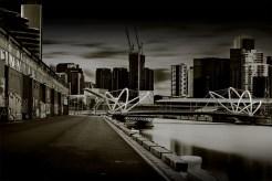 monochrome-seafarers-bridge-longexposure-melbourne