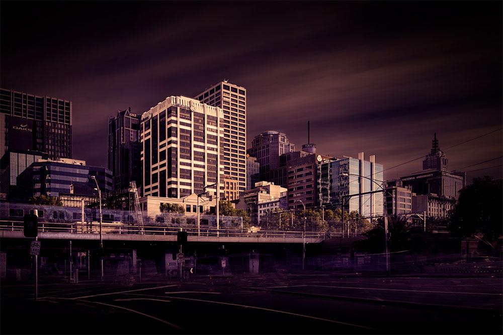 long-exposure-queenstreet-melbourne-bridge