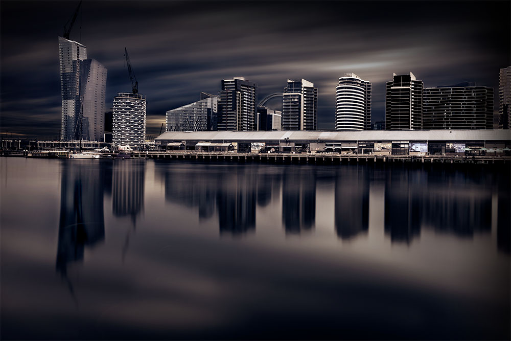 docklands-long-exposure-afternoon-reflections
