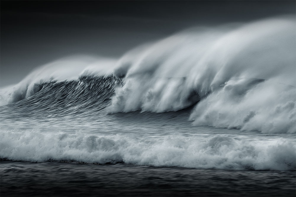 waves-apollo-bay-wild-sprindrift
