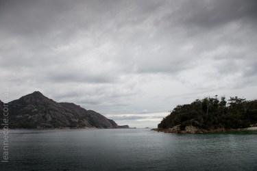 tasmania-trip-wineglassbay-boat-cruise-8007