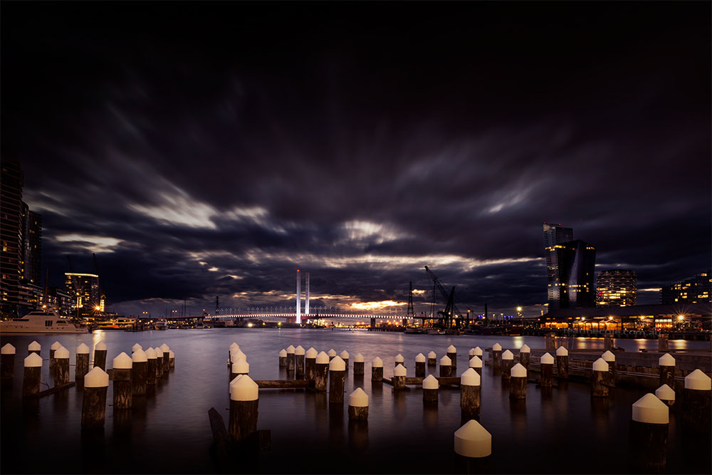 docklands-clouds-dusk-melbourne-boltebridge