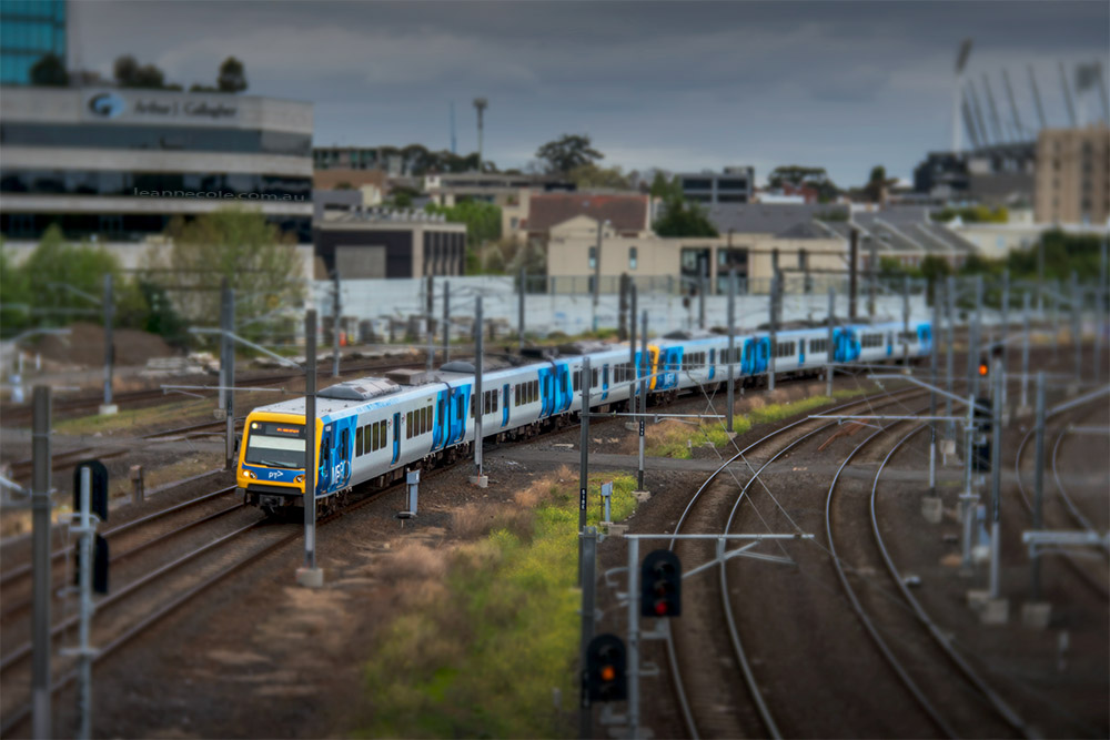 tilt-shift-train-lensbaby-velvet85-melbourne