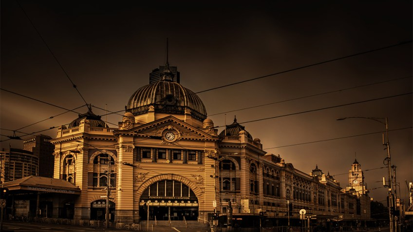 flinders-street-station-melbourne-longexposure