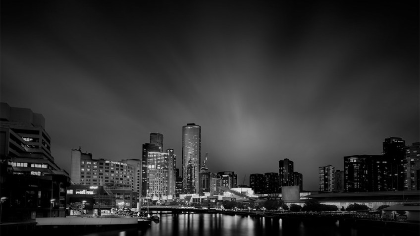 city-skyline-melbourne-longexposure-monochrome