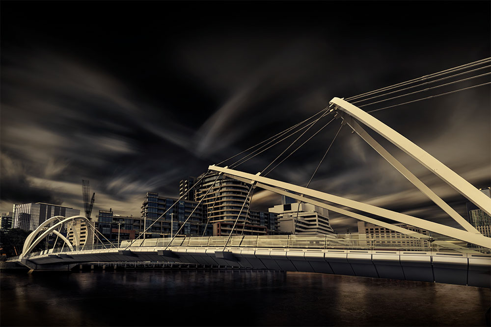 seafarers-bridge-clouds-longexposure-melbourne