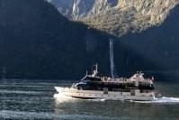 milford sound-boatcruise-fiordland-newzealand-0146