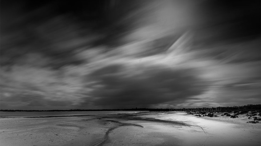 Monochrome Wednesday - Vastness