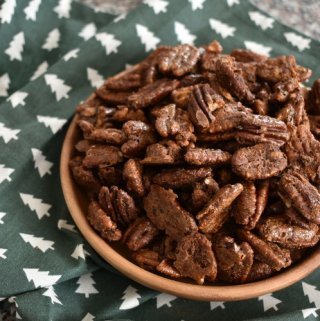 dirty chai spiced pecans