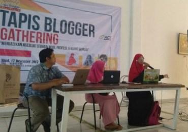 Gathering Tapis Blogger