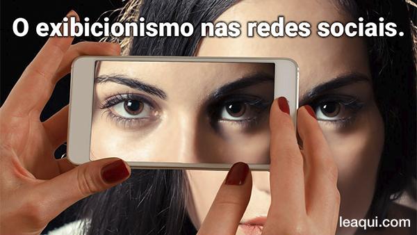 auto foto com telefone exibicionismo redes digitais