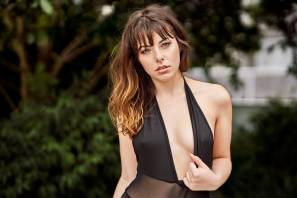 Julia Ferrari - 2018-12-07 - Retouched 1