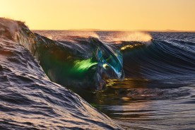 capture one raw image editor wave reflecting light in green and blue hues