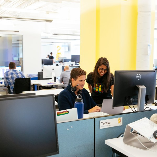 College Grads: Find a Job Using Handshake's Filter Functions