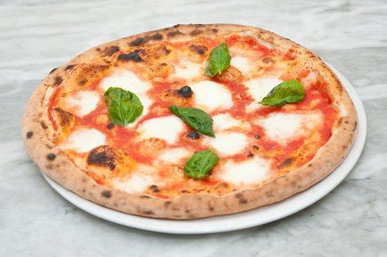 Pizzeria La Credenza Bari : Storia della pizza margherita u learnamo