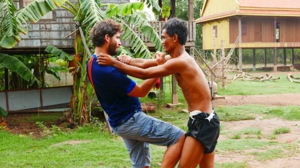 L&k#20 : Apprendre à boxer à la cambodgienne !