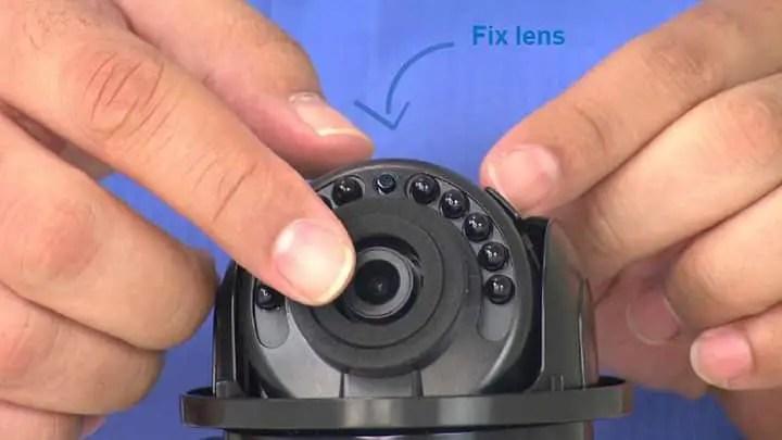 Máy ảnh mái vòm với ống kính cố định