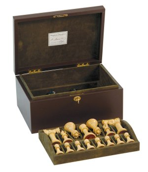 Jaques 4 in. Staunton Chessmen in Leather Casket, high end chessboards, classic chessboards