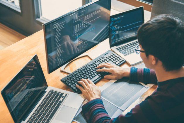 Apprenez à rendre les applications belles, pas bêtes - le codeur ajoute un beau thème à son application en utilisant un style