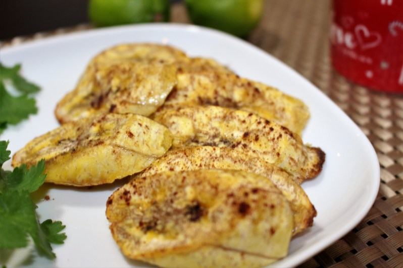 baked-plantains-with-cinnamon-1-Learn English With Africa, December 2016-Food from Africa