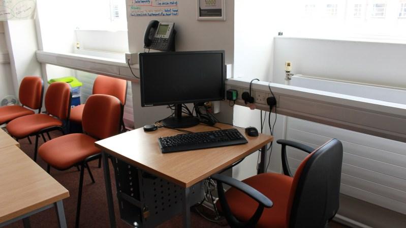 MB755 desk view