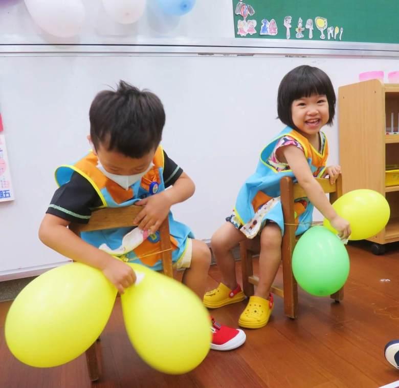 在學校開心玩!