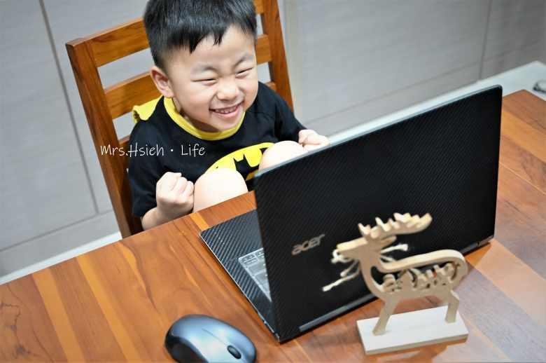 孩子燦爛的笑容比什麼都重要!