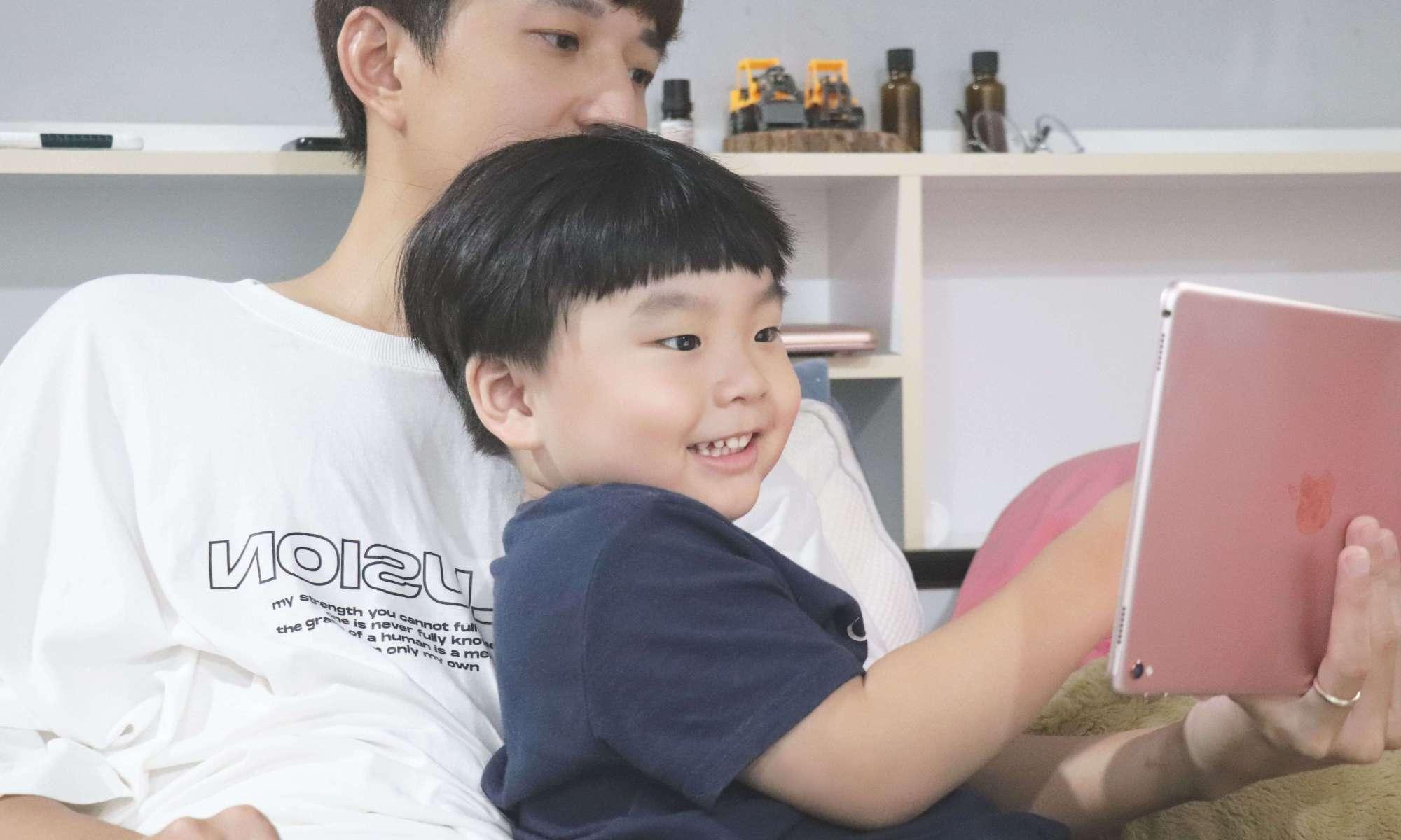 不讀幼兒園行不行?OiKID,道地英語線上教學,兒童在家自學也能很厲害!