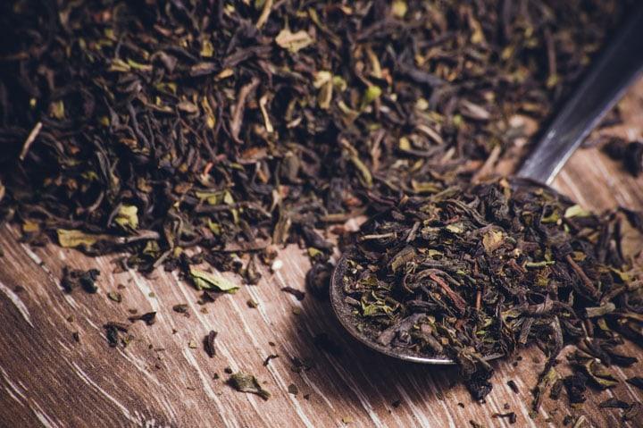 black tea leafs