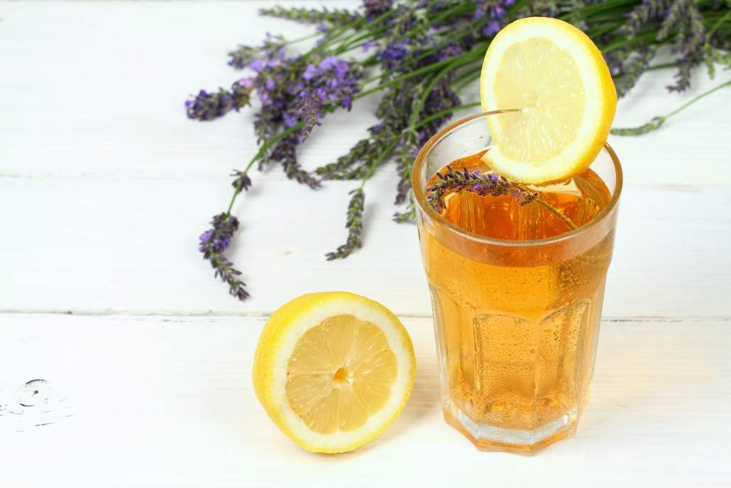 refreshing lavender lemonade