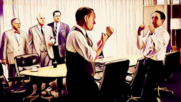 Hombres peleando en la oficina