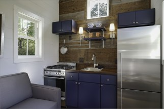 Driftwood Homes Photo - inside the blue tiny house!