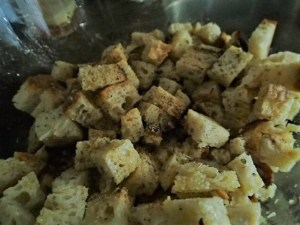 croutons mixed