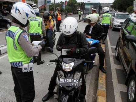 Contoh pengendalian sosial preventif oleh kepolisian