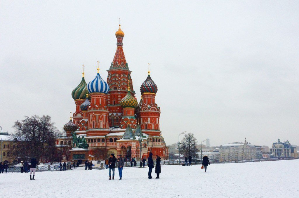 moscow red square snow