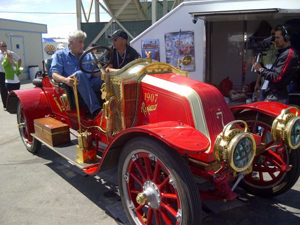 1907 Renault Racer, Jay Leno as driver with owner Alan Travis