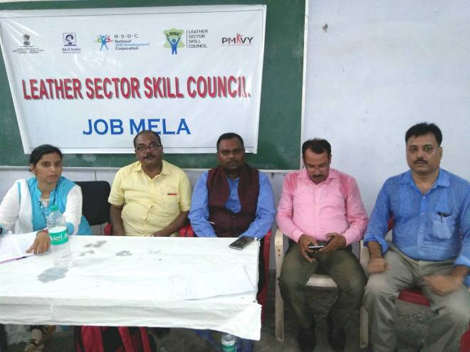 Dignitaries at Job Mela Shri. Ramesh Kumar, IAS, CEO-LSSC, ED-CLE, Shri Javed Iqbal, Regional Chairman CLE and Shri O.P Pandey, ED Unnao Leather KLC