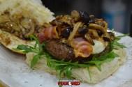 puok e med hamburgeria gigione nuova sede 50 hamburger marchigiana rucola provola bacon funghi chiodini