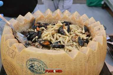 puok e med napoli strit food festival 64