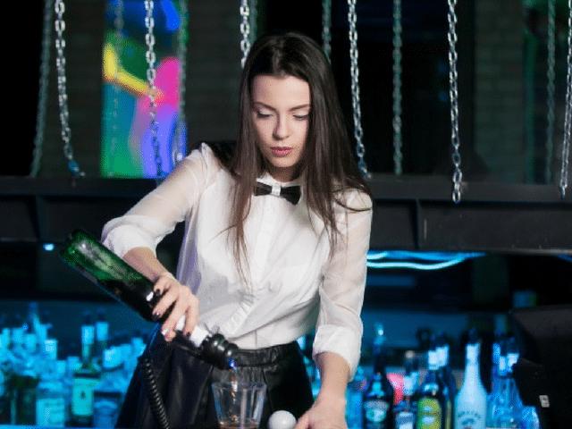 Barman job étudiant - Le Barman Vous Deteste