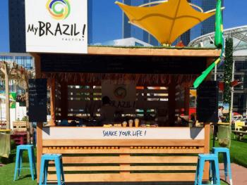 My Brazil : paillote à La Défense - Le Barman Vous Deteste