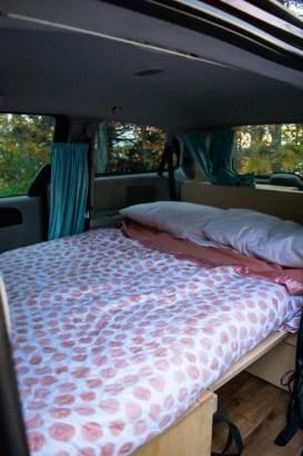 lit double minivan