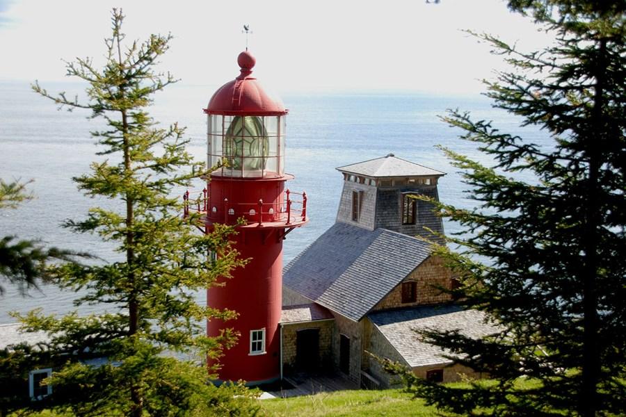 Phare Pointe-à-la-Renommée Gaspésie vu par un Baroudeur