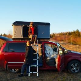 Tente de toit rigide sur Dodge Grand Caravan - van aménagé