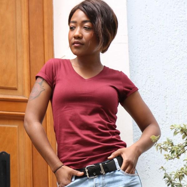 Tee-shirt Femme Bordeaux Col V en coton bio