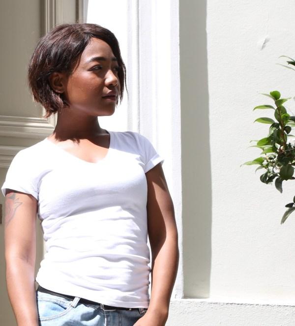 Tee-shirt Femme Blanc Col V en coton bio