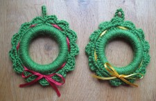 mini couronne Noël crochet