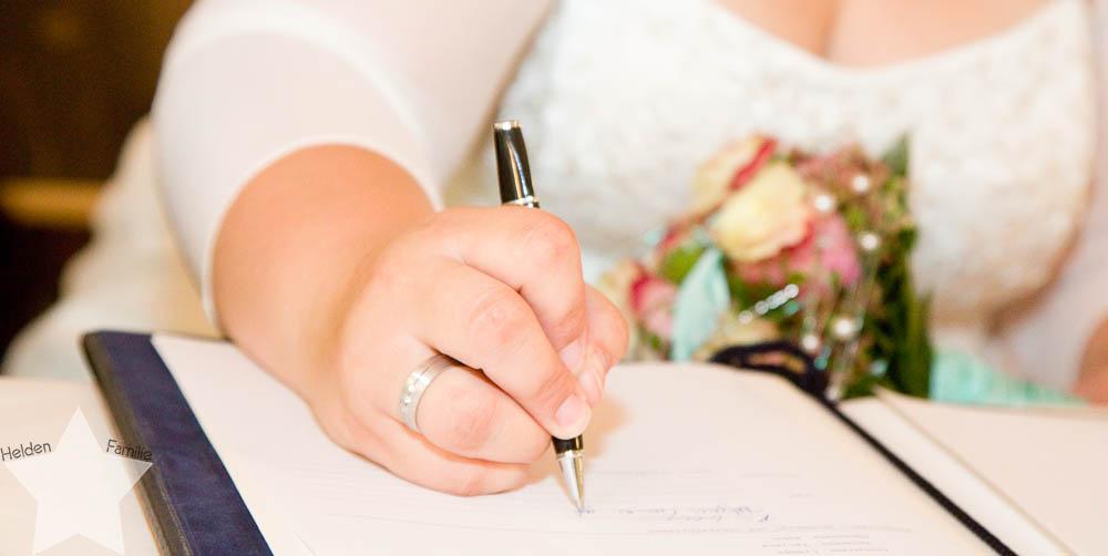 meine Hochzeit - endlich verheiratet - Fotos vom Fotografen - Unterschrift