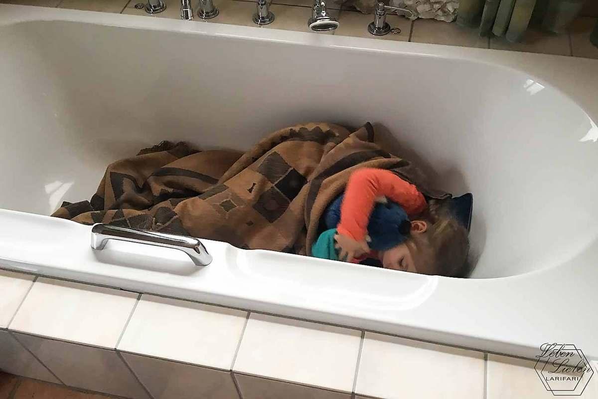 Lotte in der Badewanne
